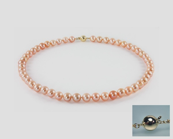 Pearl necklace peach at SelecTraders