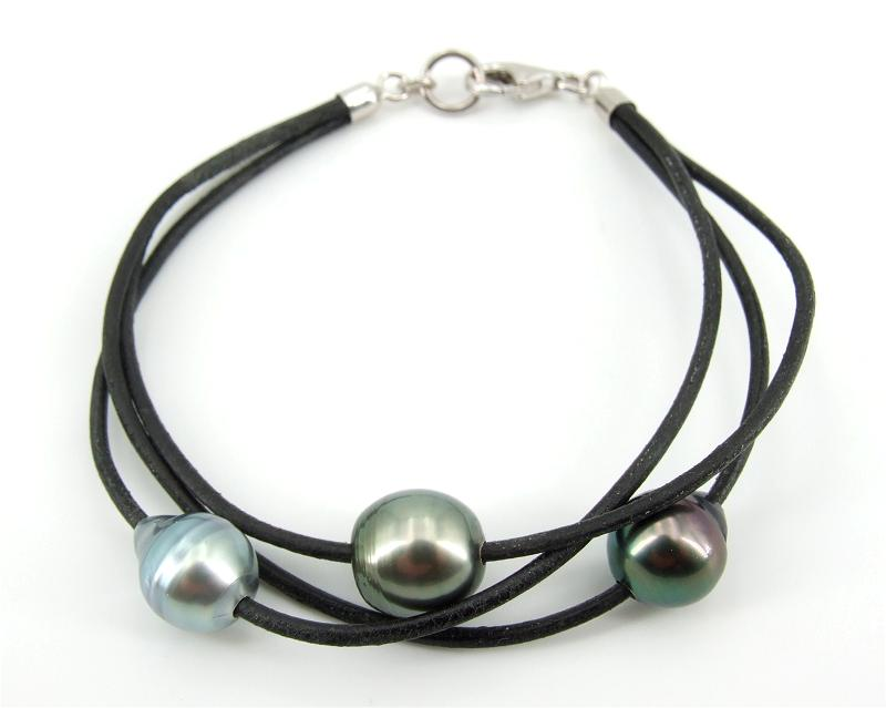 Pearl and Leather Bracelet at SelecTraders